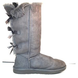 UGG Bailey Bow Grey Shearling Boots 8
